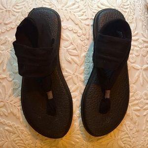 Black Sanuk Yoga Sling Flat Sandal